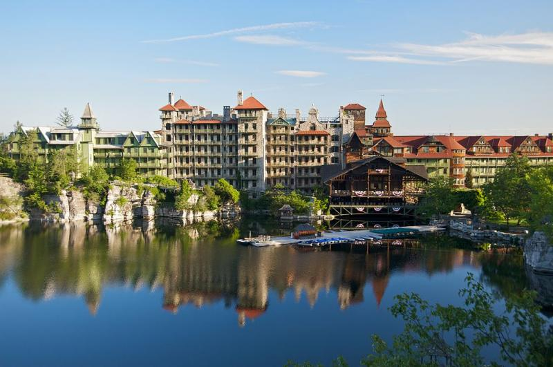 Photo: Mohonk Mountain House. Credit: mohonk.com.